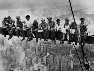 workers-empire-state-building