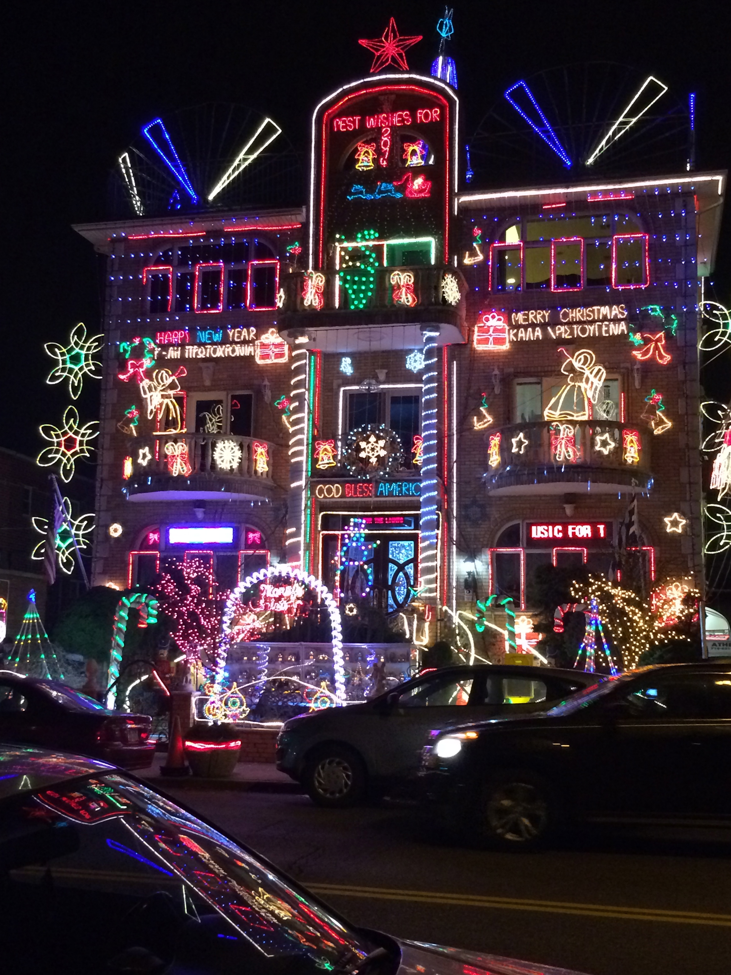 one of them includes the dyker heights lights dyker heights a neighborhood southern brooklyn is known for its beautiful christmas light presentations - Christmas Lights In Brooklyn