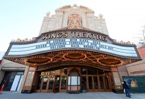 all-kings-theatre-ribbon-cutting-2015-01-30-bk01_z