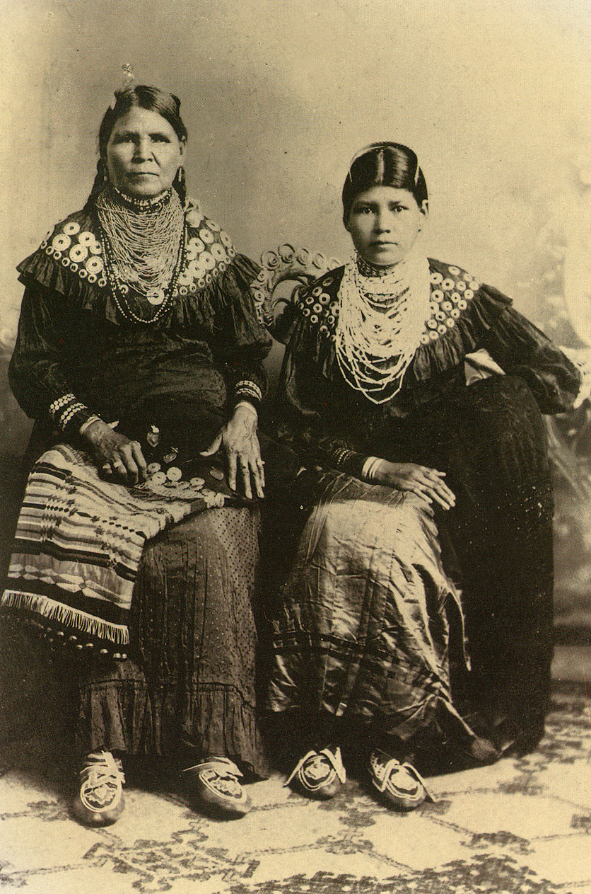 About the lenape kinship gender roles lifestyle the peopling mother and daughter lenape indians 1915 publicscrutiny Image collections