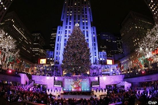 Christmas traditions and celebrations in new york city for Christmas day in new york
