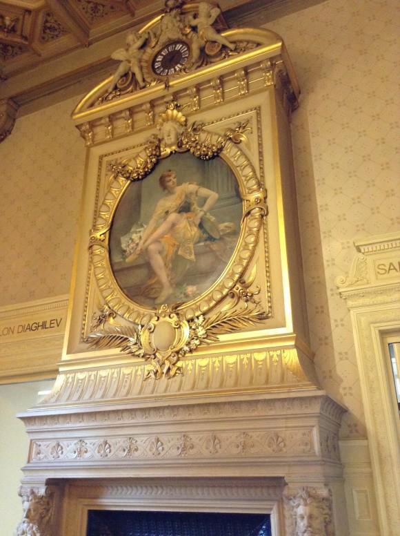 Spectacles victoria goes to paris for Salon de the chatelet